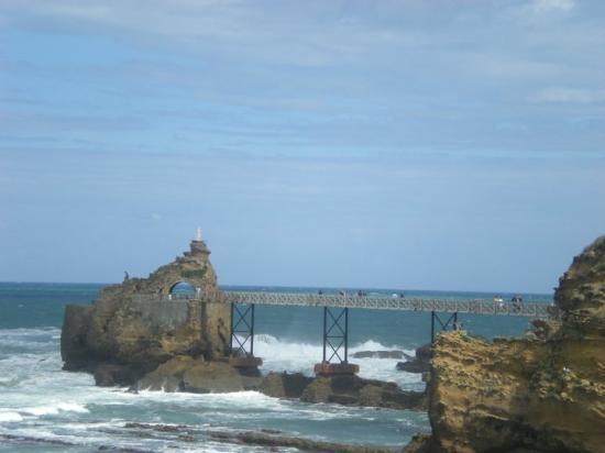 Le rocher de La Vierge à Biarritz par Nathalie