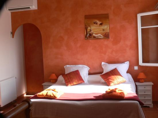 chambre orange - Chambre Orange Et Marron